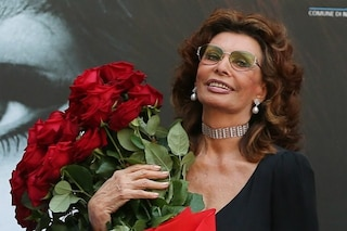 """Sophia Loren: """"La vita è travolgente, mi sveglio con il sorriso e affronto ogni giorno con positività"""""""