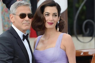 """""""A casa loro"""", George Clooney e Amal Alamuddin hanno accolto un profugo iracheno"""