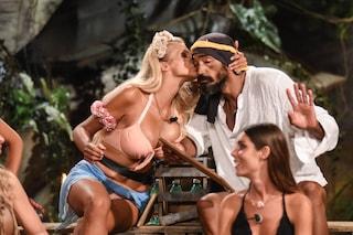 Francesca Cipriani e Amaurys Perez fanno pace all'Isola dei Famosi e si abbracciano
