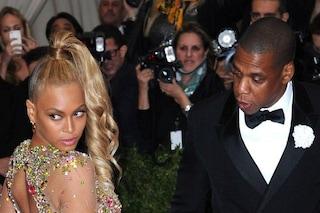 Morso in faccia a Beyoncè durante un party, la colpevole è un'attrice che flirtava con Jay Z