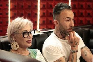 """GF 2018, Simone Coccia ammette di aver inviato messaggi hot a Lucia Bramieri: """"Uno scivolone"""""""