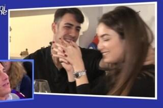 Nilufar Addati con Stefano Guglielmini, la foto potrebbe essere stata scattata in esterna