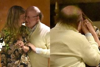 Effusioni tra Massimo Boldi e l'ex gieffina Veronica Rega, tra loro 32 anni di differenza
