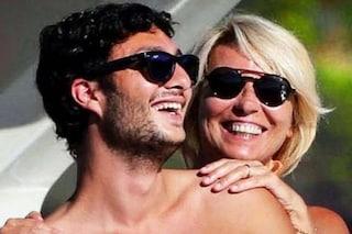 """Gabriele Costanzo alla madre Maria De Filippi: """"Siamo l'uno la forza dell'altra"""""""