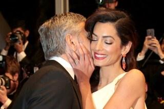 """Amal Alamuddin a George Clooney: """"Pensavo di restare zitella, sei l'amore della mia vita"""""""