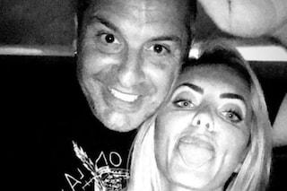 """Elena Morali in vacanza con Scintilla: """"Non siamo fidanzati, ma ci stiamo lavorando"""""""