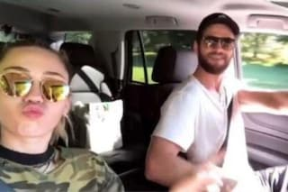 Non è finita tra Liam Hemsworth e Miley Cyrus, di nuovo insieme in un video sui social
