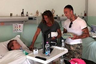 Alberto Mezzetti e Simone Coccia cuore d'oro, visitano i malati di Villa Immacolata a Viterbo
