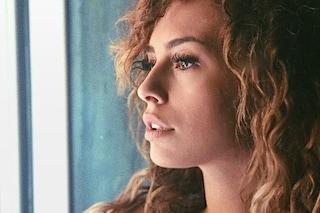 Crollano i followers di Sara Affi Fella, il suo profilo Instagram perde circa 20 fan al secondo