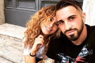 """Vittorio Parigini ufficializza l'amore con Sara Affi Fella: """"Non mi interessa ciò che dicono di lei"""""""
