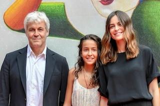 Sophie Taricone a Venezia 2018 con Kasia Smutniak, sul viso la stessa espressione di papà Pietro