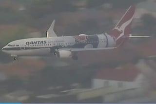 Paura in volo per Harry e Meghan, l'aereo costretto a rimandare l'atterraggio all'ultimo momento