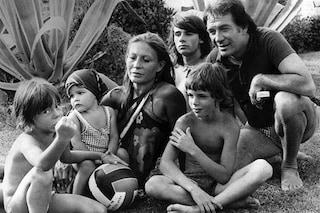 """Gianmarco Tognazzi ricorda il padre Ugo con una foto di famiglia: """"Sei sempre qui"""""""
