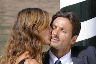 La famiglia Berlusconi ha lasciato il castello, raggiunti a Portofino dai genitori di Silvia Toffanin