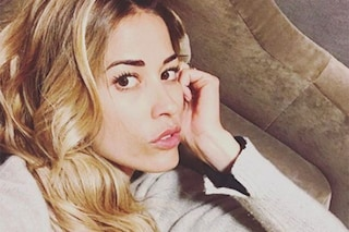 """Elena Santarelli abbandona i social: """"Farò un po' di detox, voi cercate di vincere la tristezza"""""""