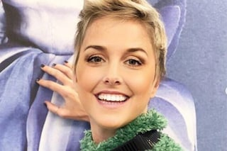 """Nadia Toffa sorridente dal parrucchiere: """"Farsi carini solo per se stessi è speciale"""""""