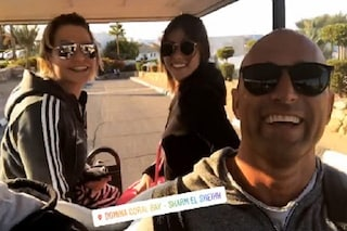 Simona Ventura in vacanza con l'ex Bettarini e Nicoletta Larini (e SuperSimo avrebbe un nuovo amore)