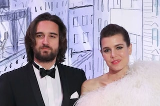 """Charlotte Casiraghi e Dimitri Rassam negano la separazione: """"Voce cinica e falsa, a scopo di lucro"""""""