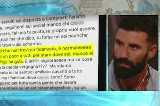 """John Vitale si scusa per le offese alla D'Urso, Marcuzzi ne chiede l'espulsione: """"Insulti gravi"""""""