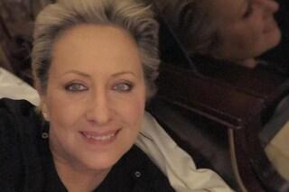 """Carolyn Smith sta meglio, ma continua la lotta contro il cancro: """"Due tumori già ridotti"""""""