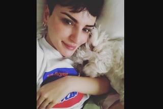 """Arisa: """"Con i miei cagnolini mi sento una 'mamma' realizzata, non sono fatta per stare in coppia"""""""