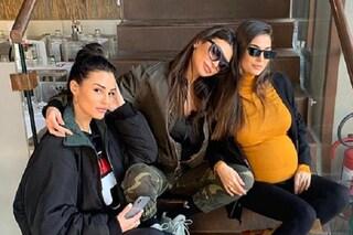 Donatella Buccino è incinta, la gioia delle sorelle Cristina e Maria Teresa