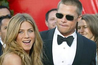 """Jennifer Aniston compie 50 anni e invita l'ex Brad Pitt al compleanno: """"Non gli ha parlato molto"""""""