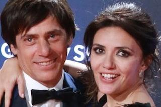 """Davide Devenuto è il futuro marito di Serena Rossi, l'amore nato grazie a """"Un posto al sole"""""""