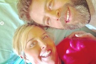 """Nadia Toffa, ennesima seduta di chemioterapia: """"A farmi compagnia una persona speciale, Marco"""""""