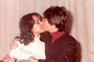 Annamaria è la moglie di Nino D'Angelo, lo conobbe che aveva 12 anni e restò incinta 3 anni dopo