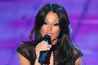 """Quando Anna Tatangelo fu fischiata al Festival di Sanremo per aver detto: """"Ti amo Gigi"""""""