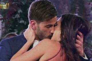 La scelta di Ivan Gonzalez è Sonia Pattarino, Natalia Paragoni raggiunta in villa da Andrea Zelletta