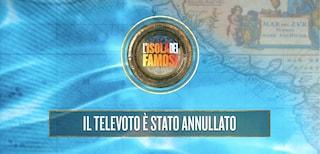 """Annullato il televoto all'Isola dei Famosi: """"Un naufrago ha deciso di ritirarsi"""""""