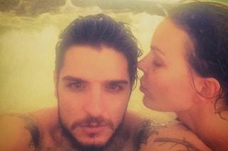 """Nina Moric e Luigi Favoloso di nuovo insieme: """"L'amore supera gli errori, non vivrei senza di te"""""""