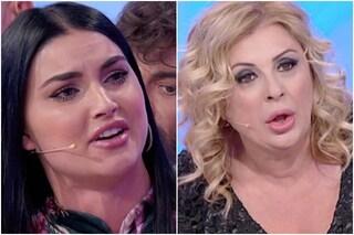 """Uomini e Donne, Tina Cipollari fa piangere Teresa Langella: """"Sei una persona molto cattiva"""""""