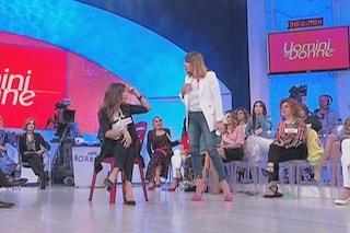 """Sfiorata la rissa con Barbara De Santi, Simona Bosio lascia UeD: """"Hanno tagliato l'aggressione"""""""