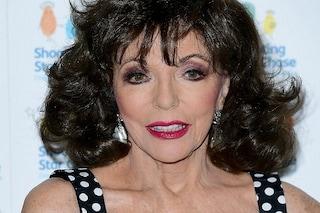 """Joan Collins in ospedale, va a fuoco l'appartamento della star di """"Dynasty"""""""
