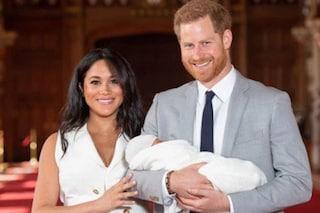 """Il figlio di Harry e Meghan Markle sarà """"solo"""" Archie Harrison: non ha titoli nobiliari"""