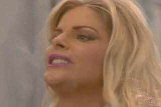 """Francesca Cipriani piange dopo la lite con Valentina Vignali: """"Sono stanca di sentire offese"""""""