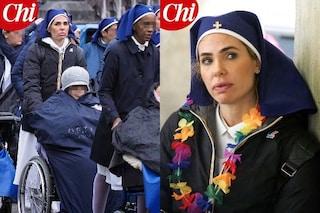 """Ilary Blasi tra le 'dame' di Lourdes, la showgirl aiuta i malati: """"Bello dedicarsi a chi ha bisogno"""""""