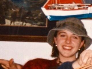 """Nadia Toffa e la foto da adolescente per festeggiare il Primo Maggio: """"Teniamocelo stretto"""""""