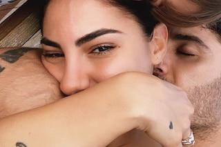"""Andrea Iannone pubblica la prima foto con Giulia De Lellis, lei conferma: """"È amore"""""""