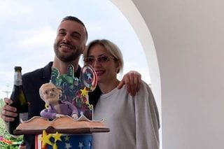 Andreas Muller festeggia il compleanno con Veronica Peparini e la famiglia, l'amore va a gonfie vele