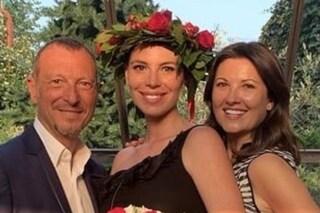 """Si laurea con lode la figlia di Amadeus, Alice Sebastiani: """"Mi avete aiutato a essere felice"""""""