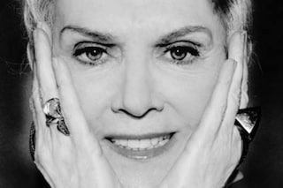 """Caterina Caselli e la lotta contro il cancro: """"Ho vissuto il male in privato, sotto la parrucca"""""""