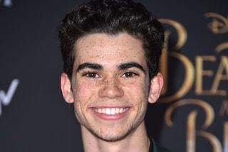"""Disney dopo la morte di Cameron Boyce annulla il red carpet di """"Descendants 3"""" e omaggia l'attore"""