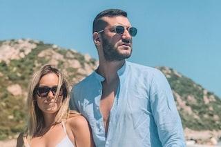 """Lorenzo Riccardi: """"Non venite in vacanza in Sardegna"""", scoppia la polemica e lui fa marcia indietro"""