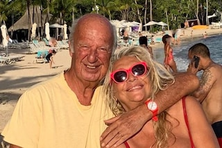 """Mara Venier contro chi non crede al suo amore per Nicola Carraro: """"Amore della zia, ti mando affan*"""""""
