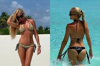"""Federica Panicucci e il bikini perfetto a 51 anni: """"No fritti e salumi. Mi alleno ogni giorno"""""""