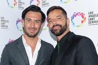 Ricky Martin papà per la quarta volta, lui e Jwan Yosef avranno un altro figlio